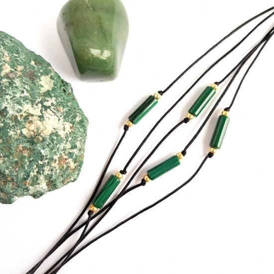 Bransoletka naturalny malachit patyczek na czarnym sznurku