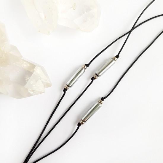 Bransoletka srebrny hematyt patyczek na czarnym sznurku