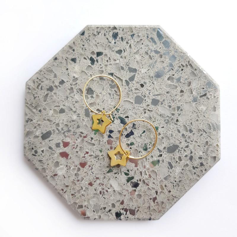 Kolczyki wiszące kółeczka z gwiazdkami złota stal chirurgiczna